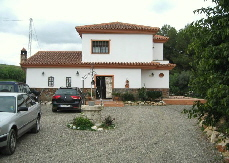 LPE_133: Delightful finca between Coin and Villafranco, 3 BR, A/C, wood burner, private well, large parking space, service pit